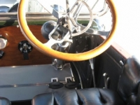 cadillac_steering_wheel