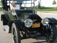 front-view-1913-cadillac