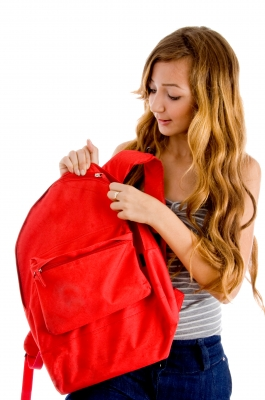 girl_with_backpack